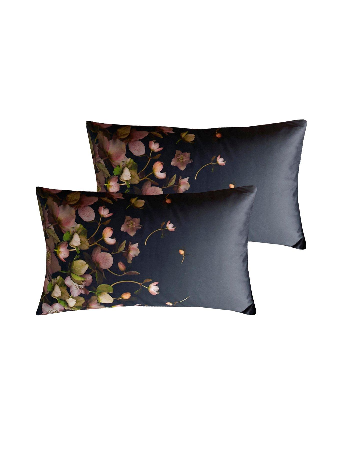 TED BAKER PAIR of new Pillow Cases Pure