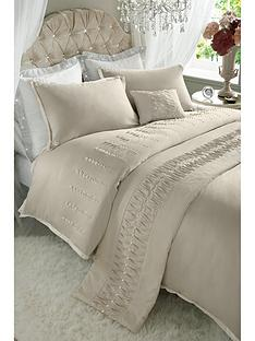 by-caprice-lady-pearl-duvet-cover