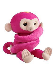 fingerlings-hugs-monkey-pink