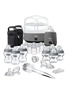 tommee-tippee-tommee-tippee-closer-to-nature-complete-feeding-kit-grey