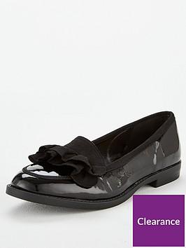 wallis-ruffle-loafer