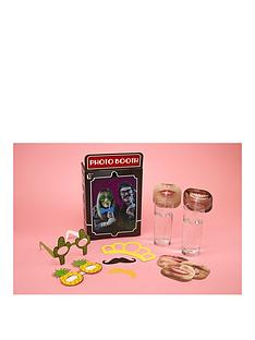 paladone-photo-booth-and-face-straws-party-pack