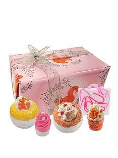 bomb-cosmetics-secret-squirrel-gift-set