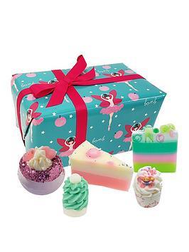 Bomb Cosmetics Bomb Cosmetics Sugar Plum Fairy Gift Set Picture