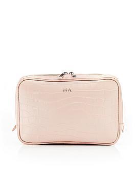 HA Designs Ha Designs Personalised Croc Washbag Picture