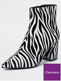 river-island-river-island-block-heel-point-ankle-boot-zebra
