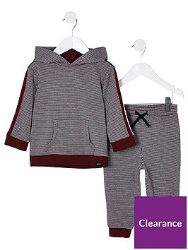 river-island-mini-boys-red-check-print-hoodie-outfit