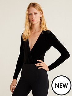 mango-v-neck-velvet-bodysuit-black