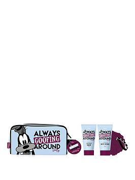 disney-goofing-around-wash-bag-set