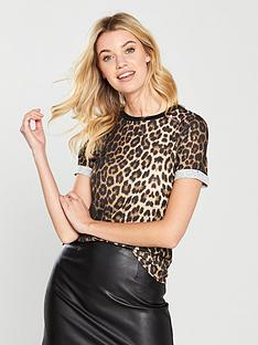 v-by-very-t-shirt-leopard-print