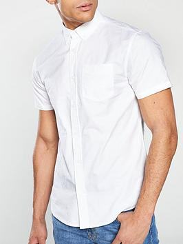 very-man-short-sleeved-button-down-oxford-shirt-white