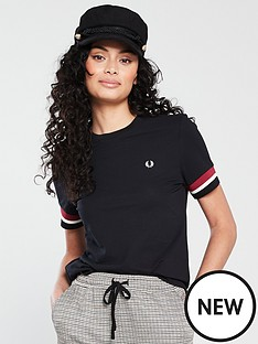 fred-perry-bold-tipped-t-shirt