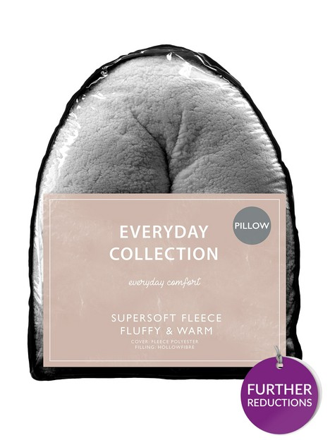 everyday-collection-teddy-fleece-v-shaped-pillow