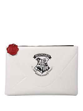 Harry Potter Harry Potter Travel Pouch &Ndash; Letter Picture