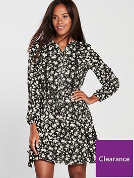 oasis-ditsy-sleeve-hem-blouse-dress-black