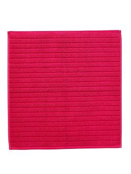 Christy Christy Prism Towelling Shower Mat - Very Berry Picture