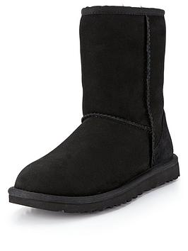 Ugg Ugg Classic Short Ii Boots - Black Picture