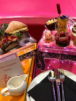 virgin-experience-days-vegan-champagne-afternoon-tea-for-two-at-cake-boy