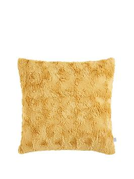 Gallery Gallery Stellan Fur Cushion Picture