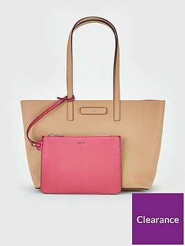 dkny-brayden-reversible-large-tote-bag