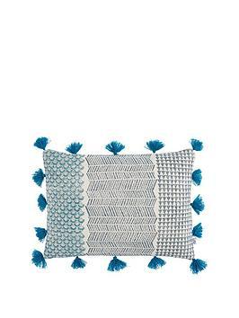 gallery-advika-block-print-cushion