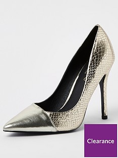 river-island-contrast-toe-court-shoe-gold