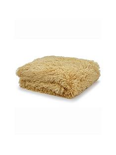 catherine-lansfield-cuddly-throw