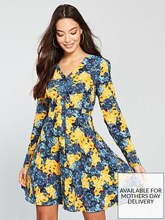 vero-moda-short-v-neck-dress-floral-print