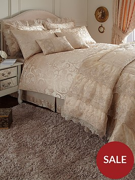 patience-duvet-cover-and-pillowcase-set