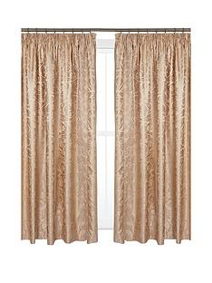 patience-3-in-curtains-tbk-66x90