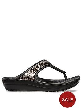 crocs-sloane-metal-text-wedge-flip-flop