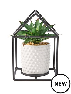 black-metal-single-plant-holder