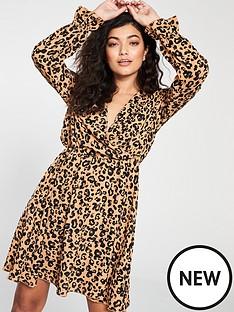 vero-moda-vero-moda-sustainable-animal-print-wrap-dress