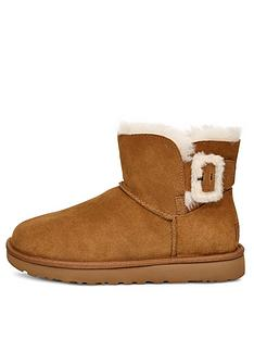 ugg-mini-bailey-fluff-buckle-boot