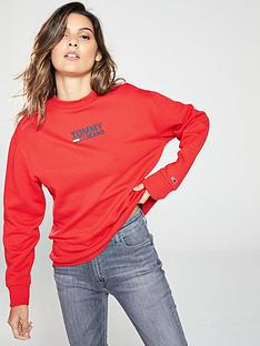 tommy-jeans-flag-sweatshirt
