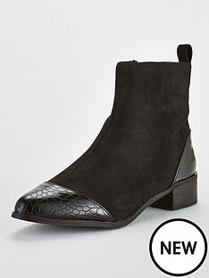 lost-ink-alice-simple-flat-ankle-boot