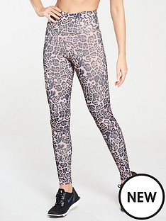 michelle-keegan-leopard-gym-leggings-print