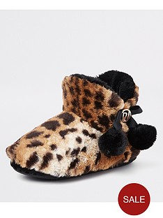 river-island-river-island-leopard-fluffy-pom-pom-boot-slippers