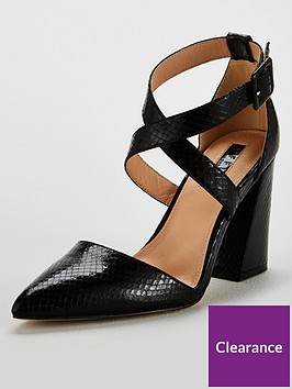 office-hail-pointed-reptile-print-shoe-black