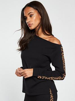 V by Very V By Very Leopard Trim Slouchy Top Co Ord Picture