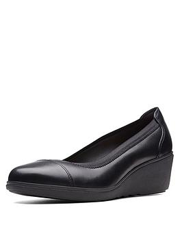 clarks-un-tallara-liz-wedge-shoes-black