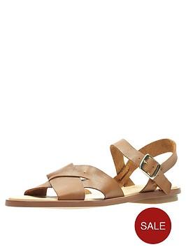 clarks-willow-gild-flat-sandal