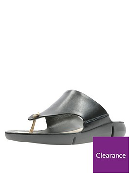 clarks-tri-carmen-flip-flops-black