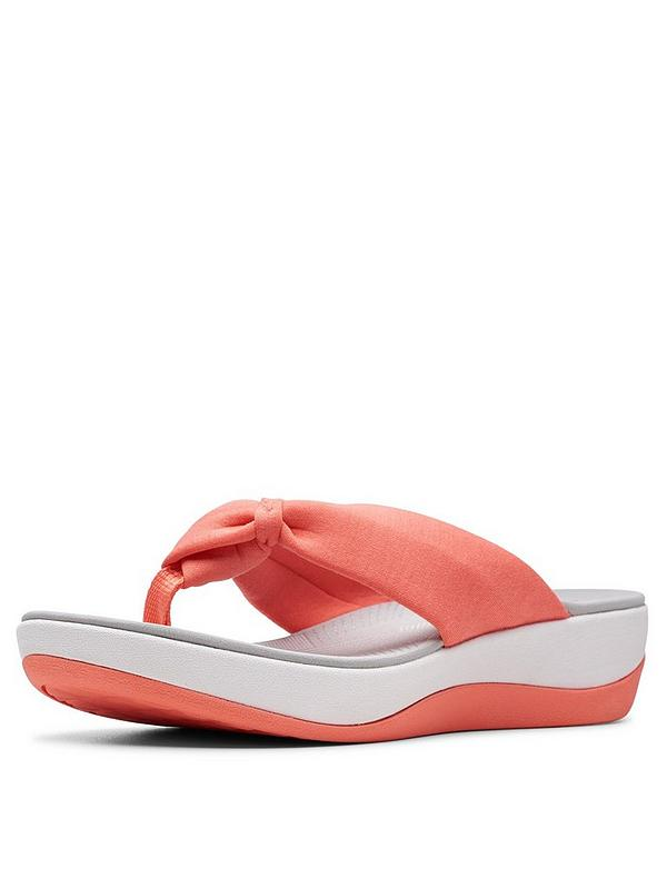 low priced 8a6f8 3e6c6 Cloudsteppers Arla Glison Flip Flops - Coral