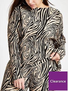 ri-plus-ri-plus-printed-plisse-jersey-top-beige