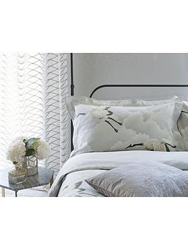 harlequin-cranes-in-flight-100-cotton-oxford-pillowcase