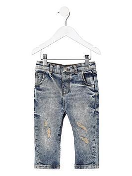 river-island-mini-boys-blue-wash-ripped-tony-tapered-jeans