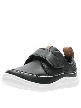 clarks cloud ember toddler strap shoe