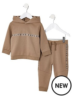 river-island-mini-mini-boys-stone-exclusive-hoodie-outfit