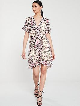 v-by-very-frilled-sleeve-tea-dress-leopard-print